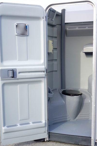 Portable Toilet with Sink Rentals DE